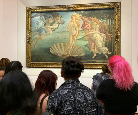 students viewing Botticelli's Venus